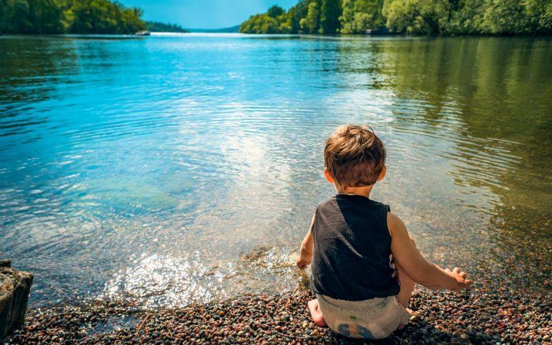 Cestujete s malými dětmi? Přinášíme tipy, jak let zvládnout