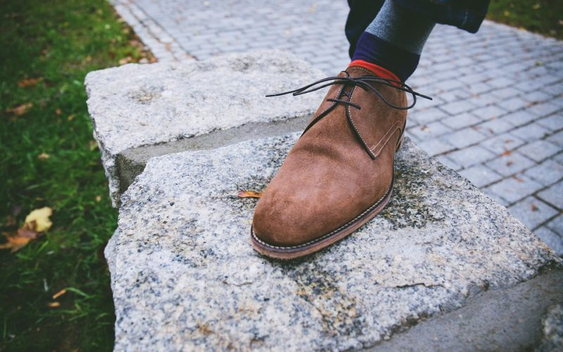 Jak hravě a rychle vyčistit semišové boty