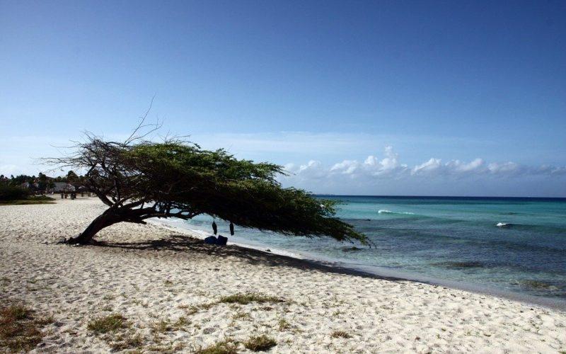 Když do Karibiku, tak na nejkrásnější ostrovy. Jaké to jsou?
