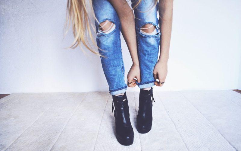 Průvodce světem džínů. Jaké vám sednou nejlépe?